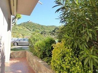 Agreable F2 dans residence avec parking, piscine et court de tennis 4PA76