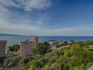 AJACCIO-tres bel apartement route des Sanguinaires F2-HORIZONS