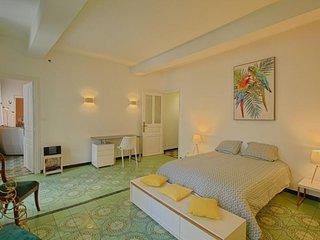AJACCIO-Tres bel appartement spacieux centre ville- F4-12 BANAPARTE