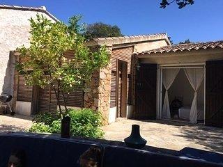 PORTO-VECCHIO - Santa-Giulia : villa Calvi à 200 mètres de la plage HP56