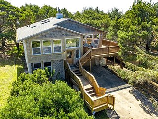 SPYGLASS INN~MCA 629~You will fall in love with this beautiful home.
