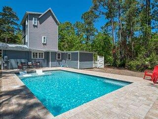 Private Pool-Charming Beach Cottage - Walk to beach/bike to Seaside