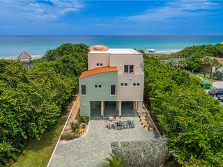 'Oceania': 8+BR/6+BA Luxury Palace ~ON~ the beach! Elevator, heated pool & more