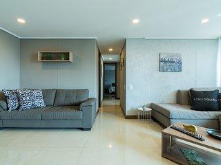 3| Luxury Apartment Alejandria - El Poblado By Nomad Guru