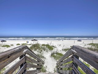 This home is an effortless walk from the beach!