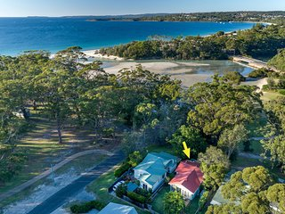 Tapalla Point at Huskisson - 4pm Check Out Sundays