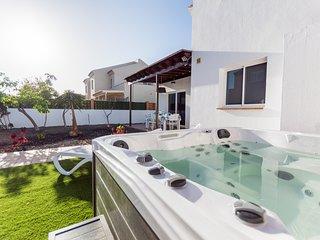 Fuerte Holiday Villa Jacuzzi & Style II