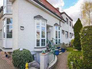 Awesome home in Berlin with 2 Bedrooms (DBE106)