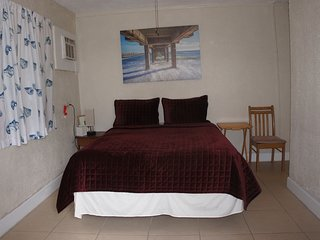 Motel Room #2, Private Entrance, Beach and Marina