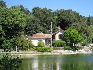 Maison au bord du lac 4 personnes
