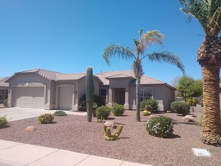 Retirement vacation rental on golf course in AZ