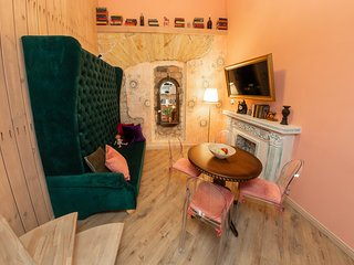 Boutique apartment Mason in historical Odessa