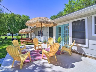 NEW! Family-Friendly 'Boerne Beach House' w/ Patio