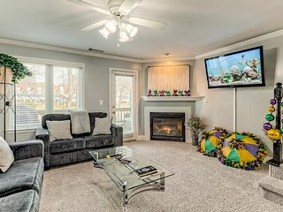 Modern riverfront townhome w/ private hot tub + access to fishing or tubing!