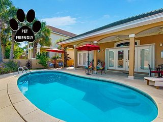 FREE Golf Cart & VIP Perks, Pool, Pet-Friendly, $200 Live Well Credit & MORE!