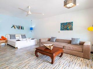 Padel Phangan suite poolside 5