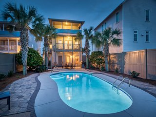 AQUASCAPE: Like New! Just Renovated Modern Coastal Decor! Private Pool! 5 Star R