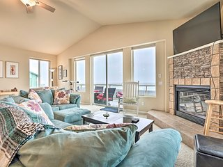 Pet-Free Oceanfront Home w/ Hot Tub & Beach Access