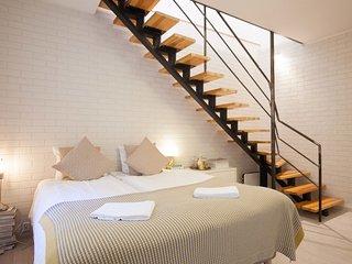 Old Town Design Duplex by easyBNB