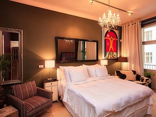 Luxury Prague River Front Suite by easyBNB
