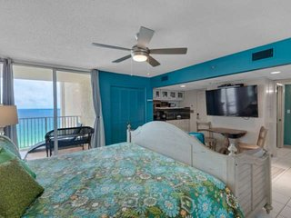 NEW LISTING! Gulf View Studio at Long Beach! Private Balcony with View of Beach