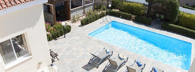 Private fully equipped bungalow Summerside with pool table (Coral Bay), holiday rental in Coral Bay