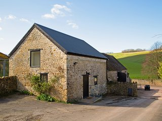 Hazel Barn - stunning Grade II listed conversion