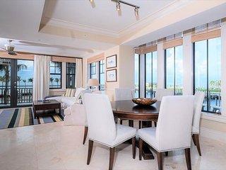 Marlin Bay Resort & Marina - Waterfront Home in Luxury Resort - Rooftop Deck