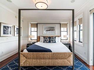 Marlin Bay Resort & Marina - Modern 3 Story Home - Rooftop Deck and 360 Views