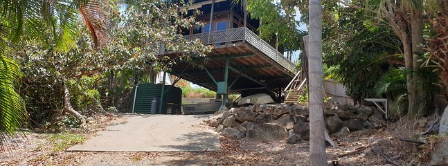 1770 Treehouse Glamping, holiday rental in Seventeen Seventy