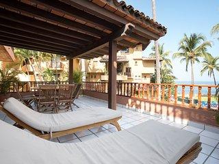 Condo en Playa Ubicacion Privilegiada Los Tules 10 personas albercas areas Verde