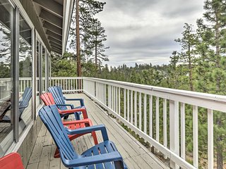 NEW! Tahoe Retreat w/ Hot Tub & NFL Sunday Ticket!