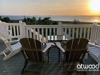 Dolphin Watch - 6BR Beach Front Beauty; Sunset Views; Updates 2020