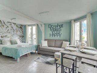 146 Suite Philippe, Large Studio, Paris Center