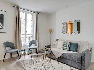 154 Suite Phil, 1 BDR with Terrace, Paris