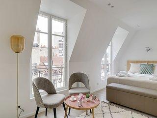 162 Suite Benjamin, Luxury 1 BDR APT, New, Paris