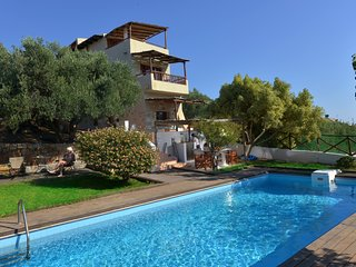 The Almond Tree villa w/ pool