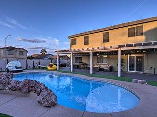 Luxurious Vegas Digs: Hot Tub, BBQ, Cabana & More!