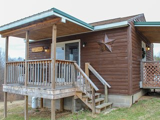 Cozy Cabin 1st Choice Cabin Rentals Hocking Hills between Logan and Athens