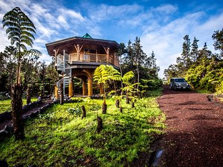 Big Island Bamboo Treehouse