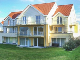 Awesome apartment in Wimereux with WiFi and 3 Bedrooms (FNP164)
