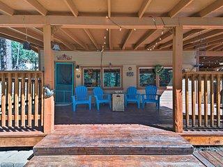 Ruidoso Cabin w/ Hot Tub - 2 Mi to Grindstone Lake