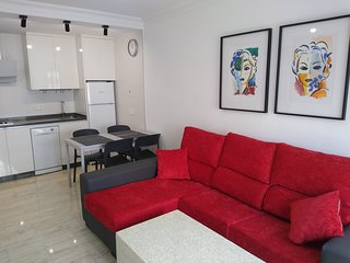 Lujoso apartamento en centro de Huelva, con WIFI.