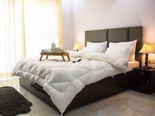 Parfait Street - 2 Bedroom serviced apartment near Fortis hospital