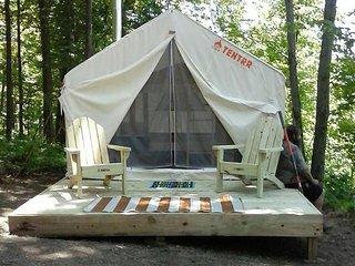 Tentrr Signature Site - Round Mountain Camp