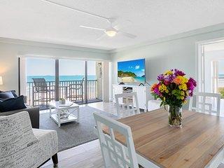 Penthouse - Oceanfront - Corner Unit - Direct Beach Views Throughout