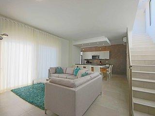 Reduced Rates - Malmok Beach - 2BR Penthouse condo at Gold Coast Aruba