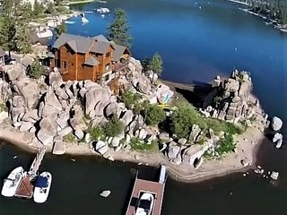 Luxury Boulder Bay Lakefront