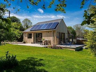 Sunnybrook - 'Carbon Neutral Eco House near beach'