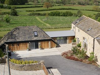 YORKSHIRE BARN Hay Barn Stunning Conversion Harrogate Sleeps 4 Beautiful Views